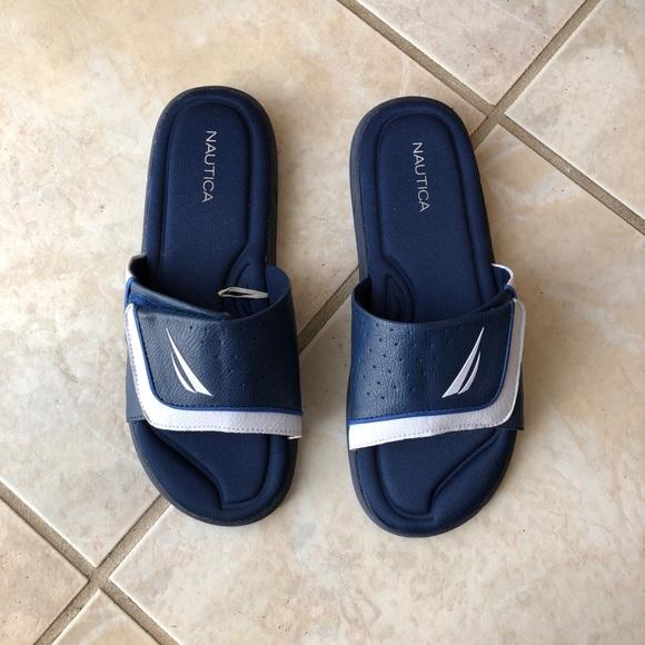 6df28d4cc1c Nautica Blue men s slippers ✨. M 5aef108cb7f72bad975e82ba